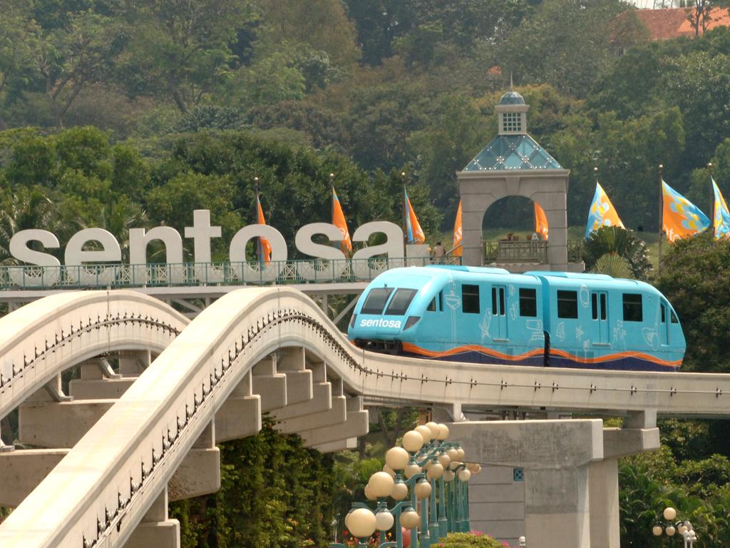 HALAL TOUR SINGAPORE